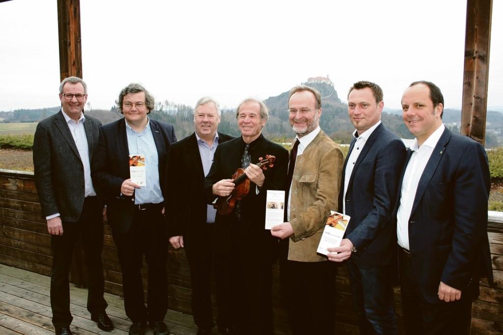v.l.: Karl Nestelberger, Harald Haslmayr, Gerhard Konrad, Günter Seifert, Helmut Zehetner, Manfred Reisenhofer, Christoph Stark