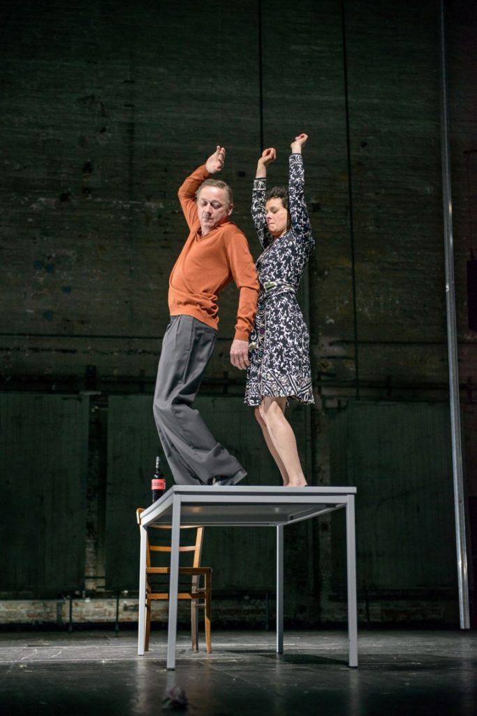 Markus Hering, Dorothee Hartinger. Foto: Georg Soulek/Burgtheater