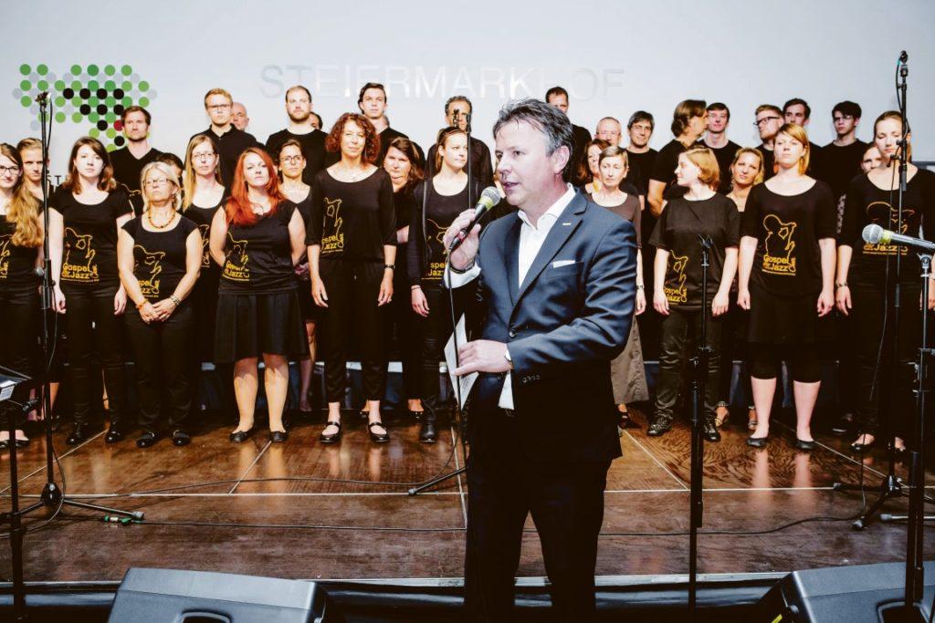 Johann Baumgartner, der Leiter der Hofgalerie des Steiermarkhof, präsentiert ein breit gefächertes Musikprogramm. Foto: Kipper