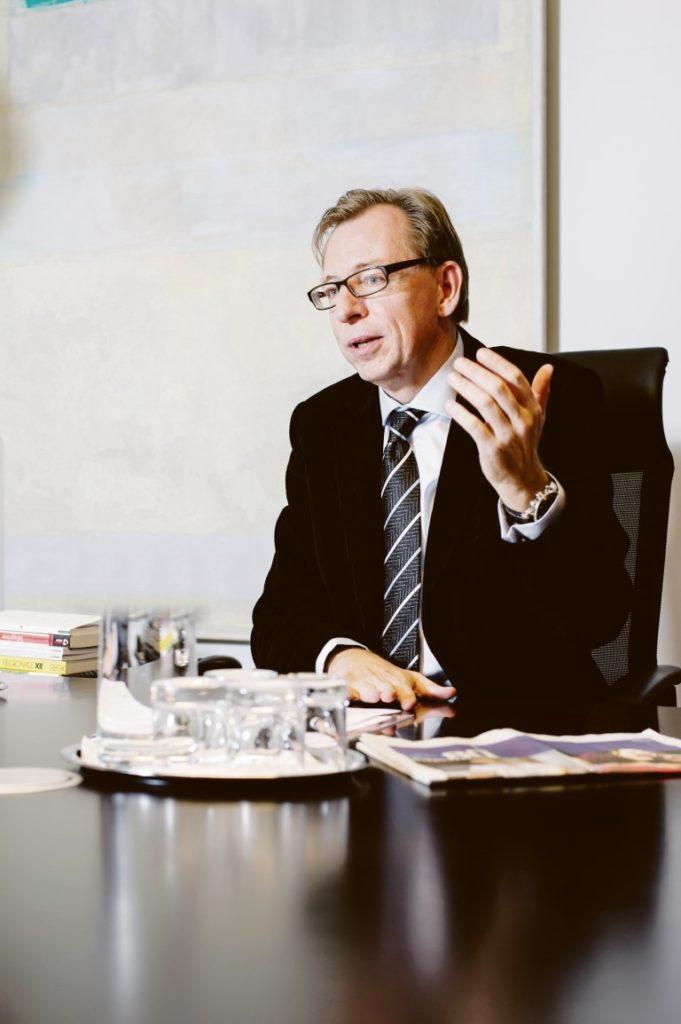 """Der Blick über den Tellerrand ist vernünftig"" LR Christian Buchmann"