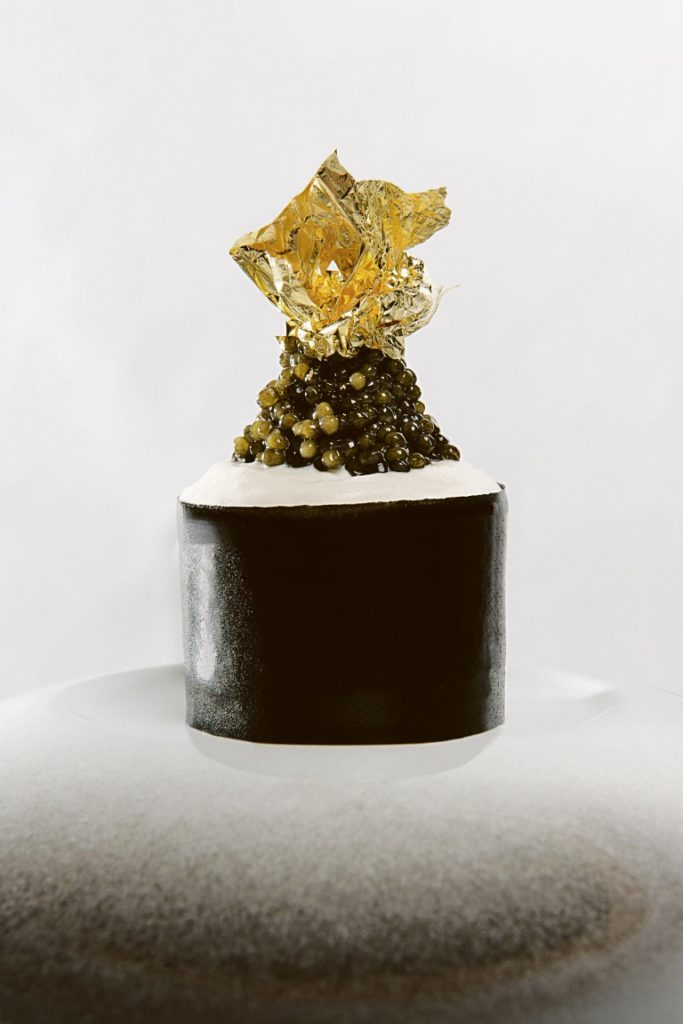 Ein Gedicht: King Crab Avocado Beurre Blanc Ice Cream Caviar Foto: Jan Bartelsman