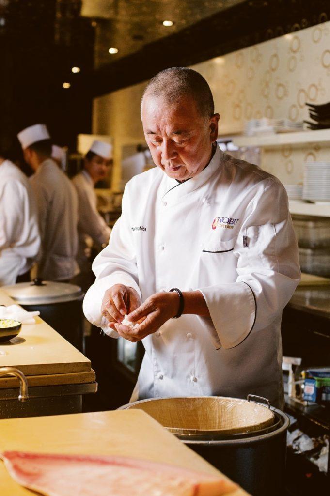 Chef Nobuyuki Matsuhisas Küche gibt es nun auch in München zu erleben. Foto: Evan Sung